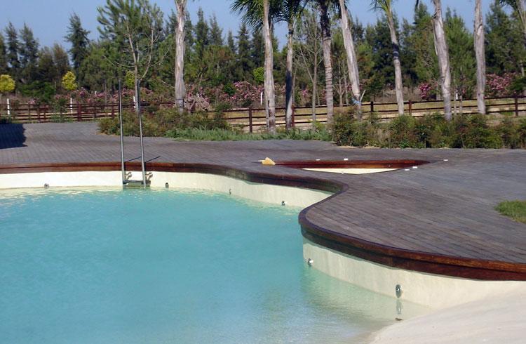 Technipool mantenimiento y construcción de piscinas. Sevilla. Aljarafe. Tienda online. Urbanizaciones. Hoteles. Cloro. Limpia fondos. Invernadas. Cubiertas de piscinas